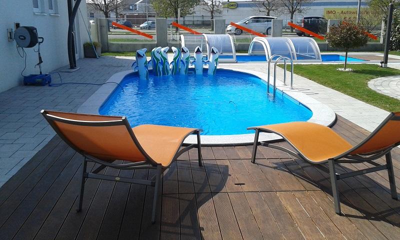Schwimmbecken Cranpool Miami in der Filiale Vösendorf.