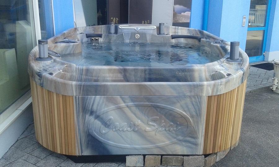 Whirlpool in Wels ausgestellt.