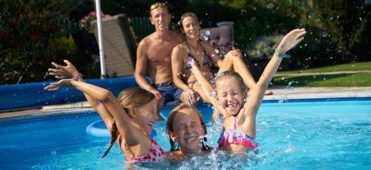 Einladung zur Cranpool Hausmesse 2017 anlässlich 50 Jahr Cranpool. Überzeugen Sie sich von unserem vielfältigen Angebot und starten sie mit großer Freude in die neue Badesaison.